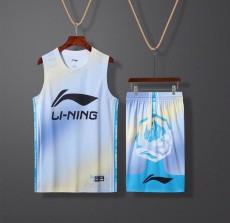 李宁篮球服,多彩款式,吸汗透汽